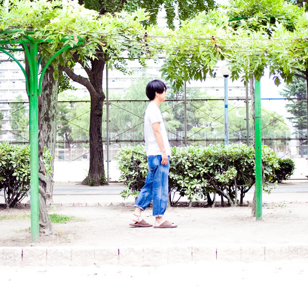 04_brown_01