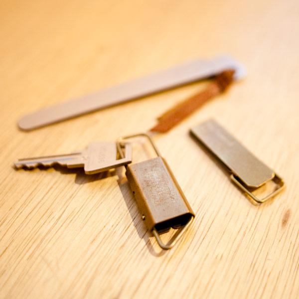 タイニーフォームド tiny formed キーホルダー 真鍮 シンプル コンパクト