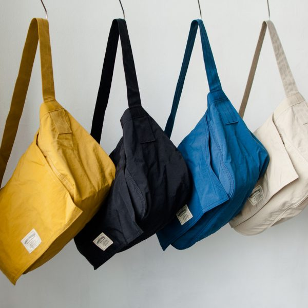 WONDER BAGGAGE ワンダーバゲージ  Relax newspaper bag  リラックス・ニュースペーパーバッグ