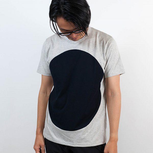 ALOYE アロイ 2017ss サークル 切り返し グラフィック Tシャツ サークルネイビー 人物着用全体