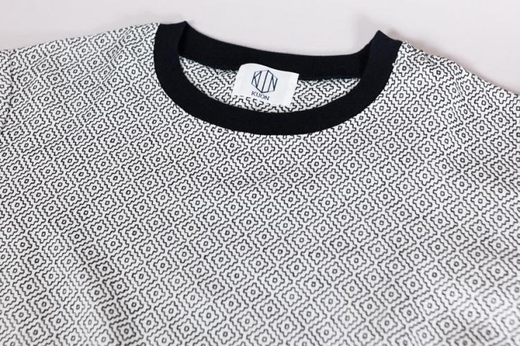 藍染 刺し子についてとKUON2017 プルオーバーシャツ 刺し子織りの白 首元
