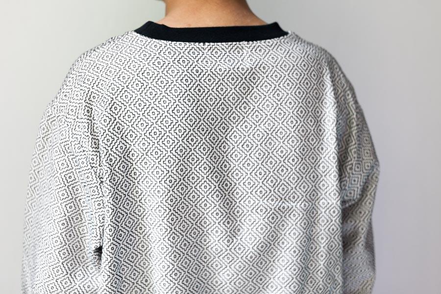 藍染 刺し子についてとKUON2017 プルオーバーシャツ 背中