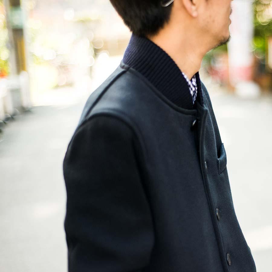 blue blue japan ブルーブルージャパン アワードジャケット ネイビーの襟元